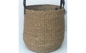 TT-DM 1904205 Natural seagrass basket.
