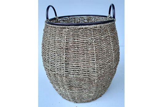TT-DM 1904793 Seagrass basket.