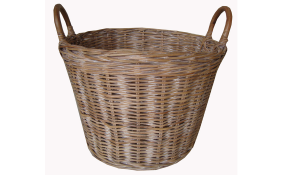 TT- 160702 - Rattan basket with handles.
