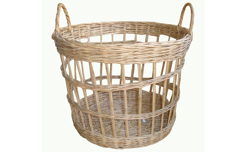 TT- 160709 - Round rattan basket with handles.