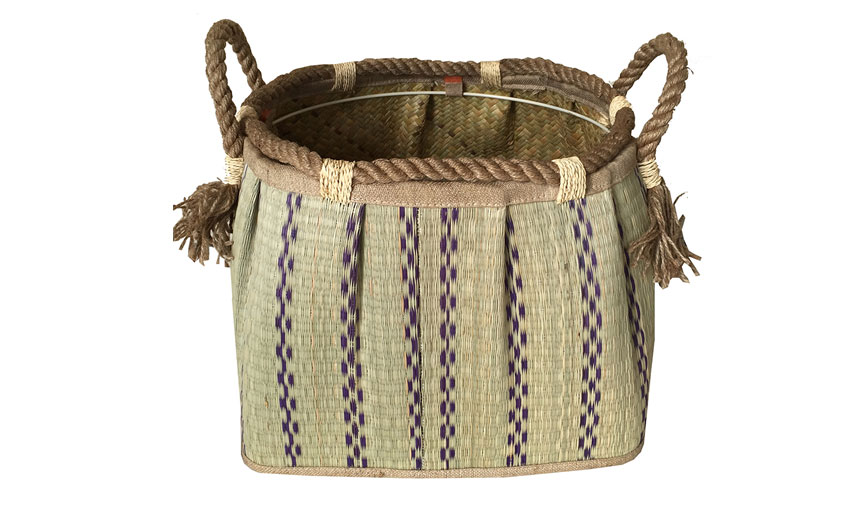 TT-160713 Seagrass laundry basket, pattern color as it is.