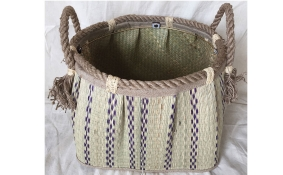 TT-160741 Seagrass basket, pattern color as it is