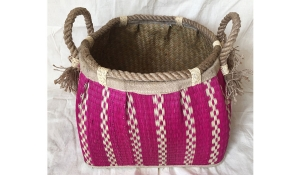 TT-160743 Seagrass basket, pattern color as it is.