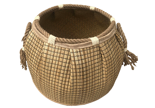 TT-190188 Seagrass basket, natural color.