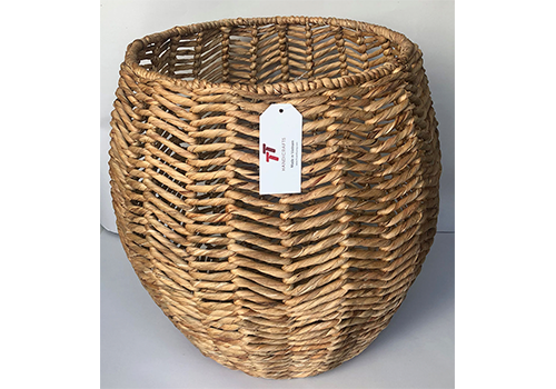 TT-190150 Water hyacinth basket.