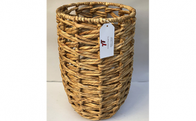 TT-190161 Water hyacinth basket.
