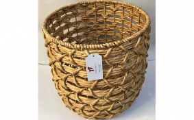 TT-190163 Water hyacinth basket.